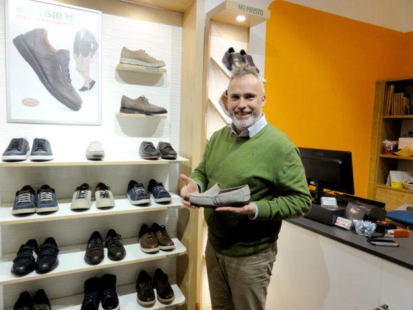 der gehma-Cityshop spezialisiert auf Schuhe, Taschen und Bürostühle